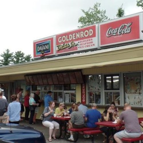 An Amazing Iconic Seafood & Ice Cream The Goldenrod Restaurant Manchester NH!